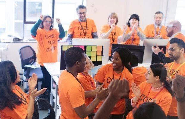 Salesforce lanza su primer Hackathon especializado en el mundo del eCommerce y las APIs